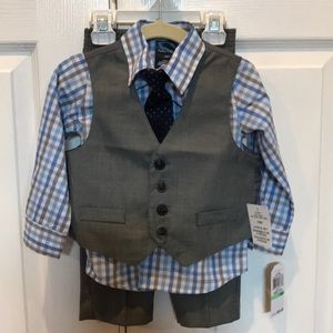 Baby Boys' 18 month Nautica 4 piece suit set NWT